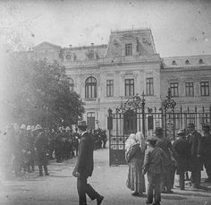 1913_3d_02_DR Old Photos, Vintage Photos, Bucharest, Belle Epoque, Romania, Louvre, Street View, Country, Travel