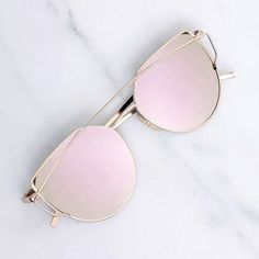 Rose Mirror Sunglasses Brand new - no tags. Gold metal sunglasses with mirrored lenses that reflect multiple shades of rose and pink. With metal temples and nosepads. Flat Top Sunglasses, Cute Sunglasses, Sunglasses Accessories, Cat Eye Sunglasses, Mirrored Sunglasses, Sunglasses Women, Sunnies, Vintage Sunglasses, Polarized Sunglasses