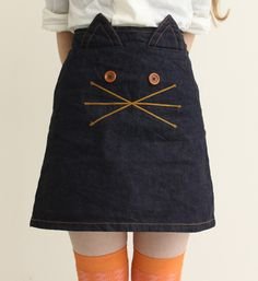 Add a cat to a Sunday Brunch  skirt