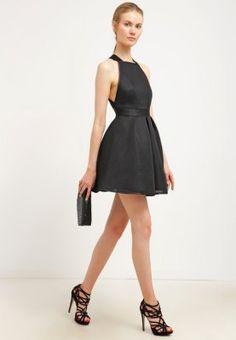 Ein kleines Schwarzes mit Hingucker-Effekt. TFNC SAMUELA - Cocktailkleid / festliches Kleid - black für 49,95 € (27.11.15) versandkostenfrei bei Zalando bestellen.