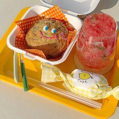 Cafe Menu, Cafe Food, Cute Baking, Cute Desserts, Dessert Drinks, Cute Cakes, Food Illustrations, Aesthetic Food, Korean Food