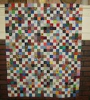 VROOMANS QUILTS: Spring Sings to Me - a fun scrappy quilt