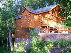 1 Bedroom Cabin Rental in Pigeon Forge, Tennessee, USA - Deluxe Honeymoon Cabin Swimming Pool Inside Cabin