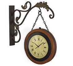 clock decor Train Station Clock, Western Bathroom Decor, Tic Toc, Clock Decor, Antique Clocks, Kitchen Ideas, Display, Antiques, Home Decor