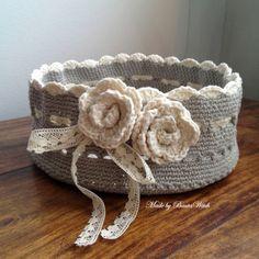 DIY – Virkade rosor som bokmärken   BautaWitch