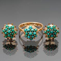 Sormus ja korvakoruja pari, kultaa, turkoosit. Beaded Bracelets, Jewelry, Jewlery, Jewerly, Pearl Bracelets, Schmuck, Jewels, Jewelery, Fine Jewelry