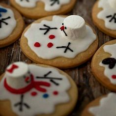 Melted snowmen gingerbread cookies - a creative twist on your typical ginger bread men!