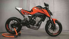 #birmingham EICMA 2016: Inline-twin powered KTM 790 Duke prototype revealed  The KTM Duke has been available in a wide array of engine sizes. From the humble 125 and 250cc motors, to the bigger 390, 690 and 1290cc powerplants, the Duke has plenty of engine choices to choose from. http://www.autoindustriya.com/motorcycle-news/eicma-2016-inline-twin-powered-ktm-790-duke-prototype-revealed.html
