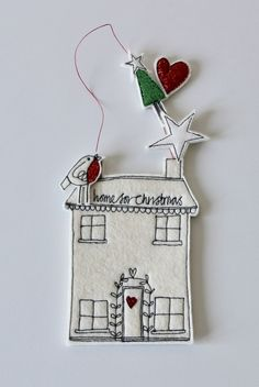 'Home for Christmas' - Hanging Decoration Christmas Applique, Christmas Home, Thrifting Christmas Decorations Sewing, Felt Christmas Ornaments, Christmas Sewing, Xmas Crafts, Felt Crafts, Christmas Applique, Christmas Makes, Christmas Projects, Christmas Home