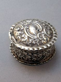 Antique Victorian Hallmarked Sterling Silver Pill Patch Pot Engagement Ring Box Repousse Impressed Flowers