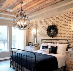 home decor bedroom Beautiful Farmhouse Bedroom Design Ideas Match For Any Home Design 03 Magnolia Homes, Magnolia Realty, Magnolia Kitchen, Modern Farmhouse Bedroom, Rustic Farmhouse, Farmhouse Style, Farmhouse Ideas, Farmhouse Lighting, Modern Bedroom