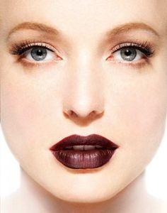 Khloe Kardashian Blogs About Burgundy Lip Trend