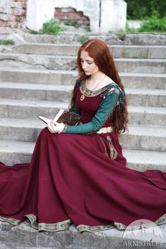 Some kind of smart casual dress for her I suppose, or if she's in some form of official capacity like taking down a treaty or trade agreement. Medieval Wool Dress Sansa limited custom dress by armstreet