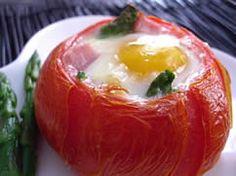 Baked Eggs in Tomato Cups #egglandsbest #recipe #breakfast #brunch