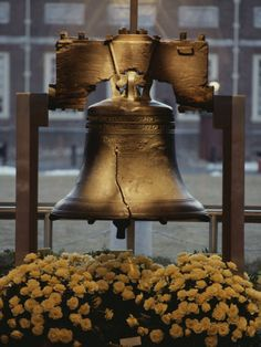 Liberty Bell Philadelphia Pennsylvania USA America travel landmarks places to see #Americana ~ Let freedom ring!
