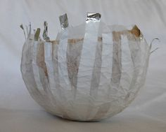 silver lines - paper bowl with aluminium foil by Ines Seidel