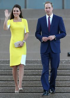 For their arrival in sunny Australia, Kate changed into a yellow and white blocked Ryedale dress from the Roksanda Ilincic Spring 2014 collection. However Kate told a woman in the crowd that Prince William thought she looked like a banana in the dress.