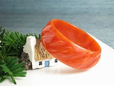 #Burnt #Orange Bakelite Bangle Bracelet  Vintage by EightMileVintage