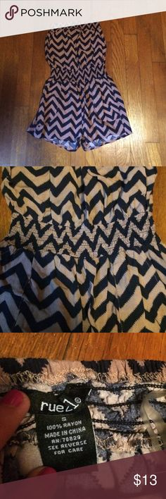 Chevron Romper! Brown/black chevron romper! Has cinched waist and pockets! ☀️ Rue 21 Dresses Strapless