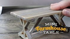 Step by step: A Mini Farmhouse Table Need to spruce up your scale dollhouse? How about modernizing your fairy garden? If so, you HAVE to build this beautiful rustic piece! Here's a step by… Dollhouse Miniature Tutorials, Miniature Crafts, Miniature Houses, Diy Dollhouse, Dollhouse Miniatures, Rustic Farmhouse Table, Rustic Kitchen, Rustic Desk, Rustic Chair