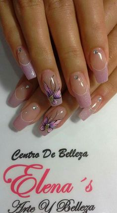 If you want a chic manicure, but prefer a more natural look, nude nails are the perfect choice for you! We have lovely and demure ideas just for you! Creative Nail Designs, Beautiful Nail Designs, Beautiful Nail Art, Creative Nails, Gorgeous Nails, Nail Art Designs, Cute Nails, Pretty Nails, Butterfly Nail