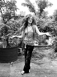 "soundsof71: "" gilmourl: ""Janis Joplin photographed by David Gahr, NYC 1970. "" Not many things look happier than Happy Janis! """