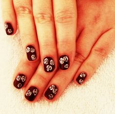 Shellac with hand painted roses! Painted Roses, Hand Painted, Great Nails, Shellac, Print Tattoos, Nail Ideas, Diy, Bricolage, Do It Yourself