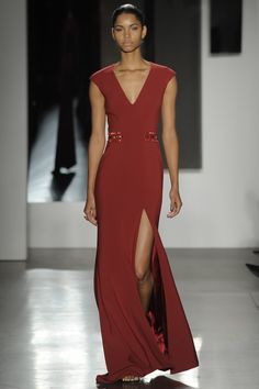 Pamella Roland Fall 2016 Ready-to-Wear Fashion Show  http://www.theclosetfeminist.ca/  http://www.vogue.com/fashion-shows/fall-2016-ready-to-wear/pamella-roland/slideshow/collection#34
