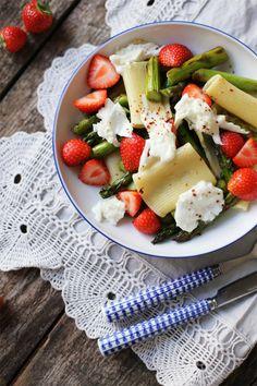 22 raffinierte Spargelrezepte, die nach Frühling schmecken