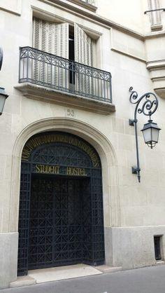 Student hostel Paris latin quarter