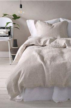Home Bedroom, Diy Bedroom Decor, Bedroom Ideas, Teen Bedroom, 1920s Bedroom, Bedroom Designs, Natural Bedroom, Natural Bed Linen, Beautiful Bedrooms