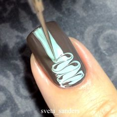 'Dry Marble' an alternative to water marble you can all try  Shown here by Sveta aka @sveta_sanders features 'Honeydew + Malt-teaser + PP No.7 Water Marble Tool' ❤️❤️❤️