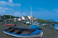 The small town of Newport Pembrokeshire is set at the mouth of the river Nefern and below the Preseli hills