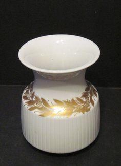 Rosenthal Tapio Wirkkala Design Vase Modulation white and gold #RosenthalTapioWirkkalaDesignVaseModulation