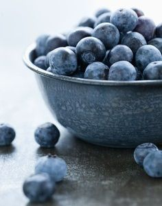 Blueberries are so rich in phytonutrients that even though they are not filled with the antioxidant vitamins C and E, the still provide as much antioxidant protection to the body as 1,733 IU of vitamin E and more than 1200 milligrams of vitamin C.
