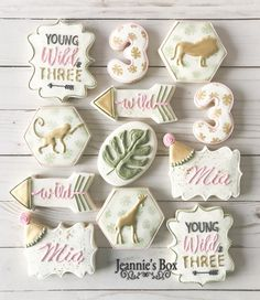 3rd Birthday Party For Girls, 18th Birthday Party Themes, Girl First Birthday, Birthday Ideas, Alice, Birthday Cookies, First Birthdays, Leaf Cookies, Rose