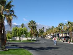 Palm Desert, CA - RV Parks