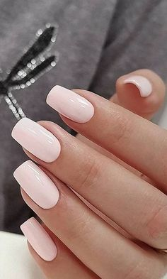 The most beautiful pink nails and pink nail colors! I've showcased light pink nails, blush pink nails, pink nails with a glitter accent, rose pink nails, and matte pink nails French Tip Nail Designs, French Tip Nails, French Tips, Ongles En Gel Rose Pale, Trendy Nails, Cute Nails, Hair And Nails, My Nails, Fall Nails