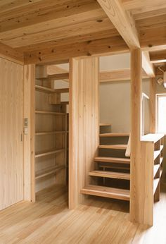 Cottage Floor Plans, House Floor Plans, Man Of The House, House In The Woods, Small House Interior Design, House Design, Tiny House Stairs, Small Entryways, Cottage Interiors