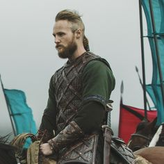 Ubbe Ragnarsson Vikings Vikings Tv Series, Vikings Tv Show, Ragnar Lothbrok, Lagertha, Larp, Vikings Ubbe, Medieval Shows, Anglo Saxon Kingdoms, Sons Of Ragnar