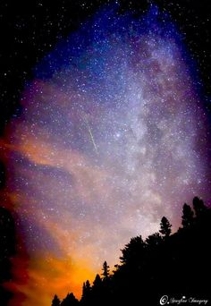 Awesome photo of the Milky ways center heart of sagittarius! Simply stunning astrophotography! http://www.beginnertelescopes.net/beginner-telescopes-blog/gallery/astrophotography/galactic-center-heart-of-sagittarius-and-green-meteor/
