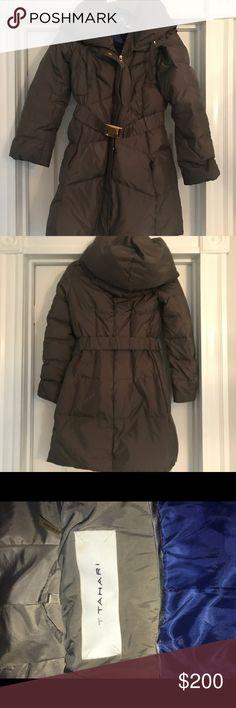 523f332e576 T Tahari belted puffer coat Super warm