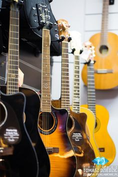 street-view-sklep-6 Music Instruments, Street View, Musica, Musical Instruments