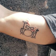 Cool arm tattoos, done on a person's upper arm small music tattoos, sm Hand Tattoos, Kritzelei Tattoo, Drum Tattoo, Doodle Tattoo, Bicep Tattoo, New Tattoos, Sleeve Tattoos, Small Music Tattoos, Small Tattoos For Guys