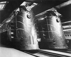 Railroads, Chicago-style, historicaltimes:  E-4 Streamliners in Chicago...