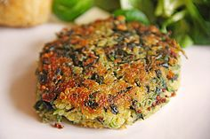 Quinoa Spinach Patties - makes a great Burger too Cooked Spinach Recipes, Veggie Recipes, Low Carb Recipes, Cooking Recipes, Healthy Recipes, Vegetarian Cooking, Healthy Cooking, Eat Healthy, Patty Food