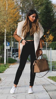 76e46cde6539 44 Chic Winter Outfit Ideas To Impress Your Friends - Cool Fashion  Accessories. ΠαράδεισοςΕνδυμασίαΧειμώναςΜόδα