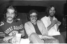 Glenn Frey (the eagles) with Irving Azoff (musicians personal manager) and Dan Fogelberg. Soul Music, Music Love, Dans Fans, Gals Photos, Glen Frey, Bernie Leadon, Eagles Band, Dont Love Me, All About Music