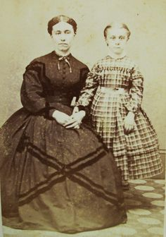 ANTIQUE CIVIL WAR ERA CDV PHOTO MOTHER & DAUGHTER HOOP DRESSES WEST RANDOLPH VT   eBay