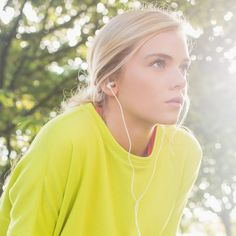 Training For Your First 10K? This Playlist Will Help: Is your healthy 2014 resolution to run your first 10K?